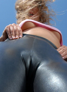 Cameltoe Photos